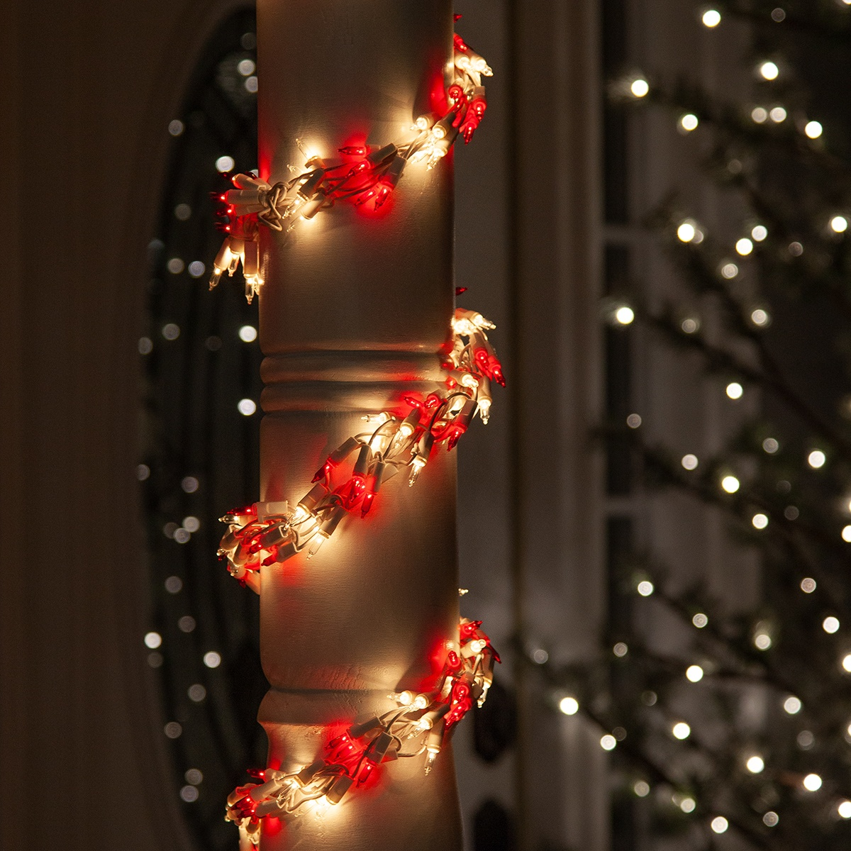 18' Garland Lights, 600 Red/Clear Lights, White Wire ...